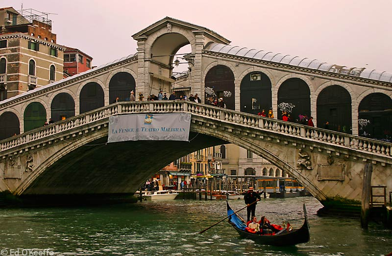 Venice Italy: . Rialto Bridge .