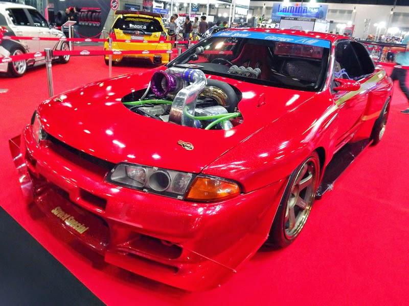 Modifikasi Nissan Skyline GTR R32 Merah