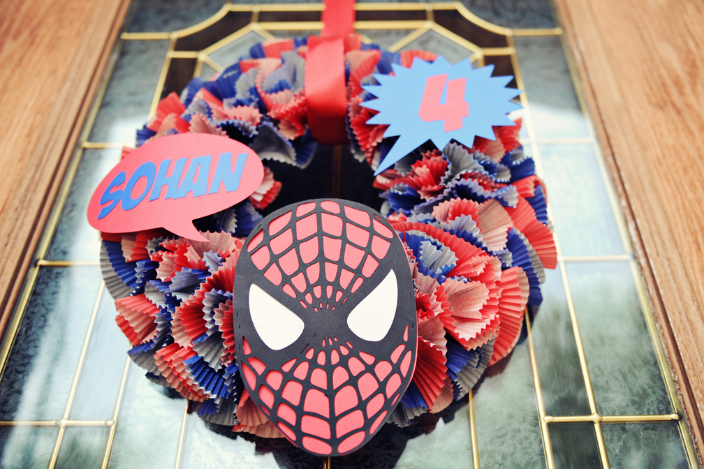 The party wall spiderman birthday party part 4 decorations for Spiderman decorations