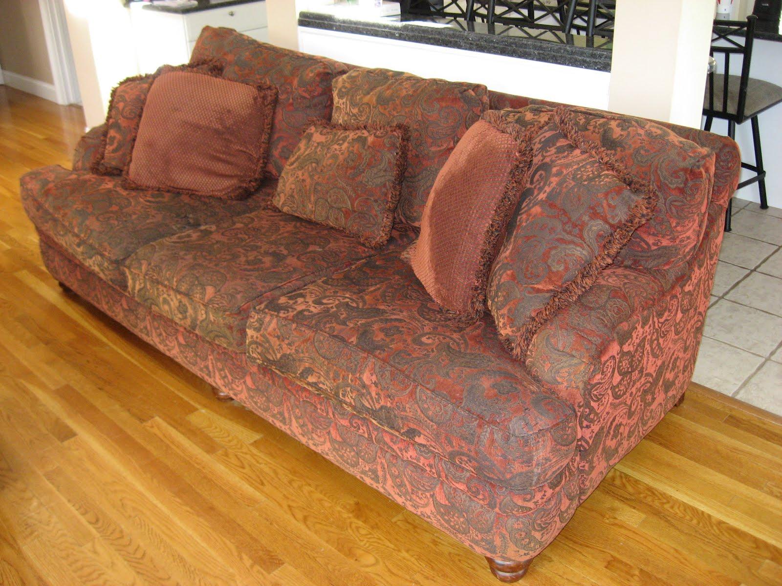 Gotta Sale It Red Floral Sofa Suite