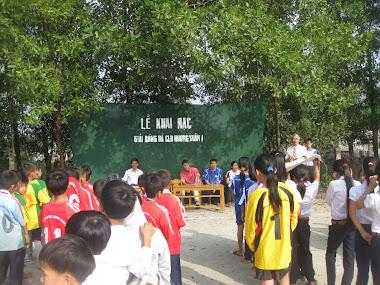 Khai mạc bóng đá trường học