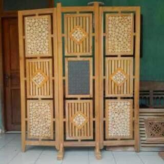 pembatas ruangan ranting kayu