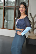 Shruti Haasan latest glam pics-thumbnail-2