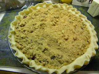 cran-orange pie with  walnut streusel
