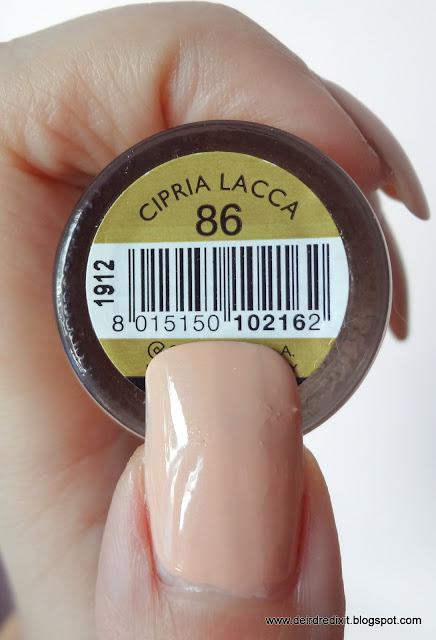 Collistar collezione Milano: smalto nr 86 Cipria Lacca