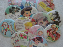 Jesus Loves Me Pin Pack Buttons