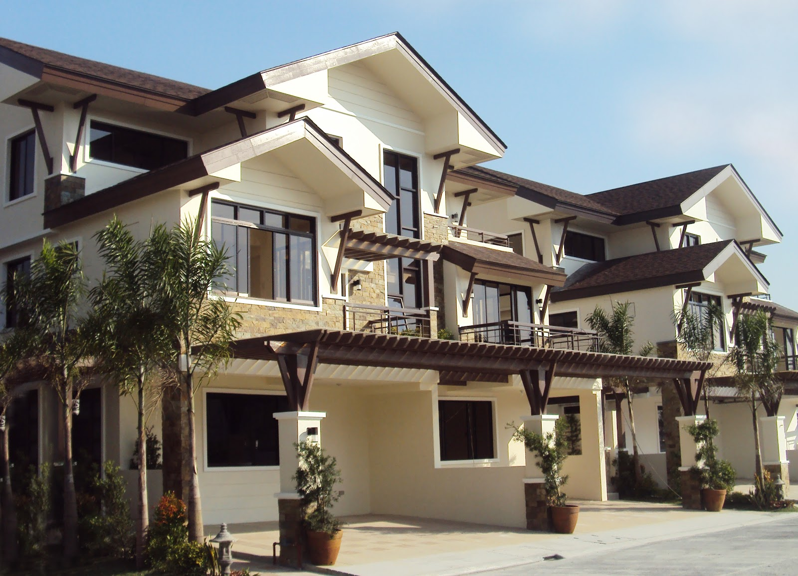 Dmci 39 s best dream house in the philippines house design for Pictures of two story houses in the philippines