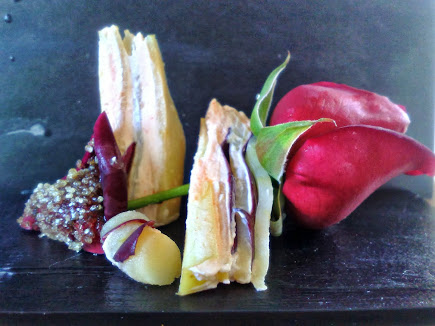 Sandwich di mele al vapore di rosa