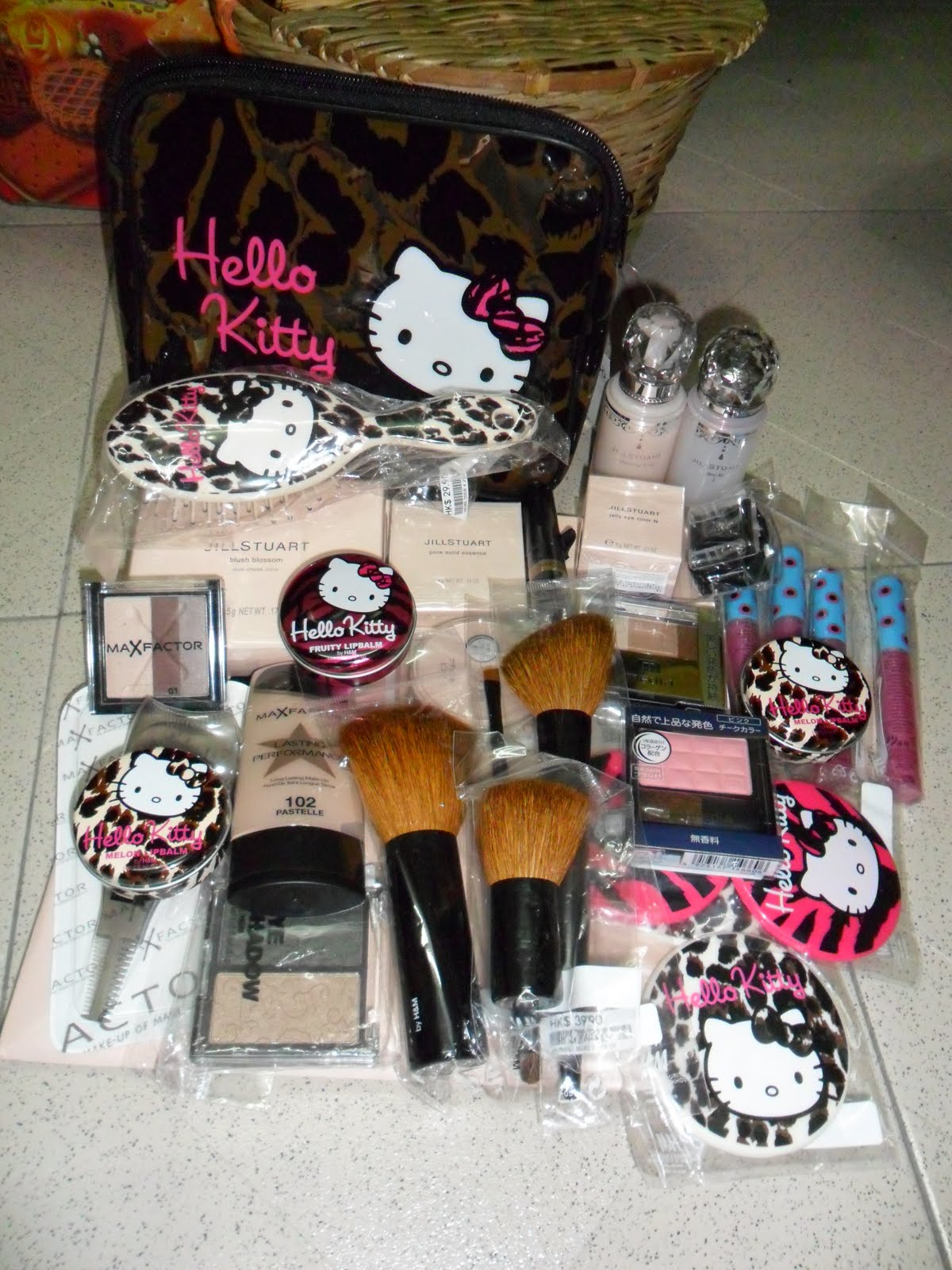 skincare cosmetics-73