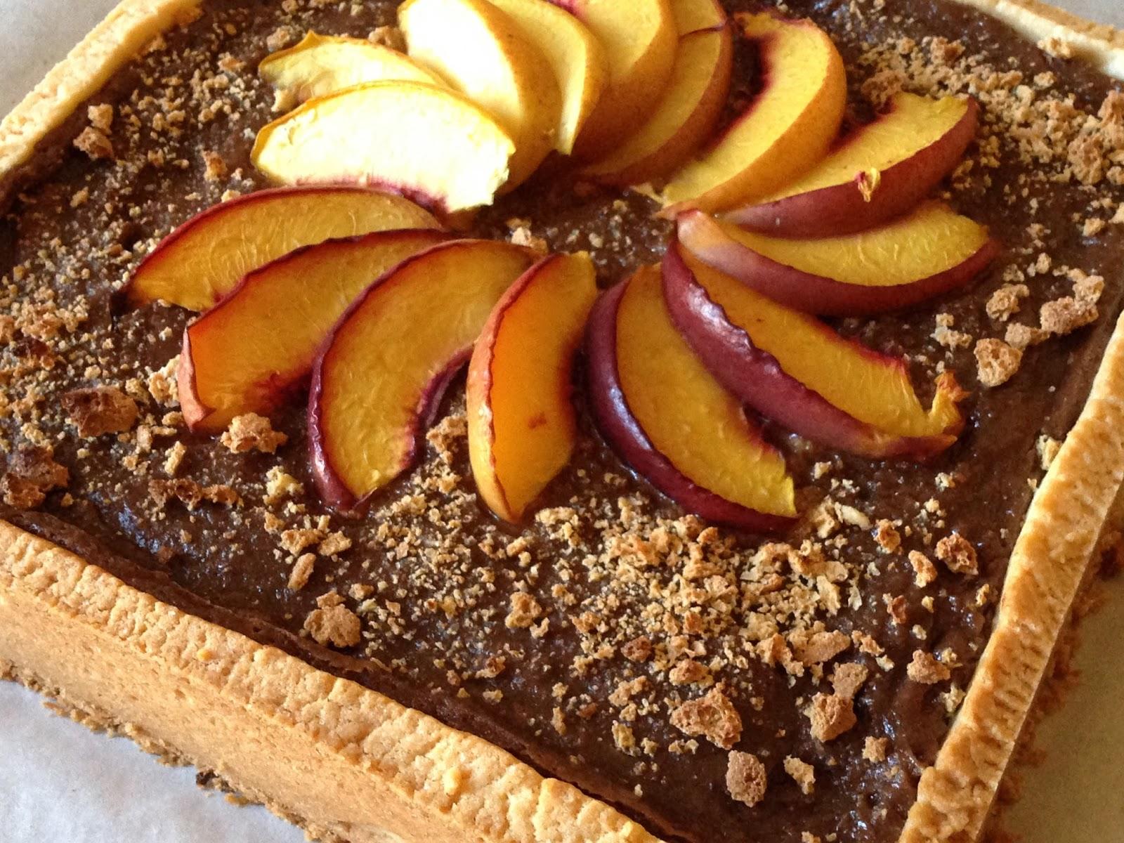 Torte Da Credenza Montersino : Crostata carre alle pesche cioccolato e amaretti di luca montersino