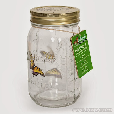 Mariposa en tarro de cristal