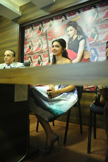Actress Deepika Padukone Latest Pictures at Starweek Magazine Diwali Special Edition Launch 0020.jpg