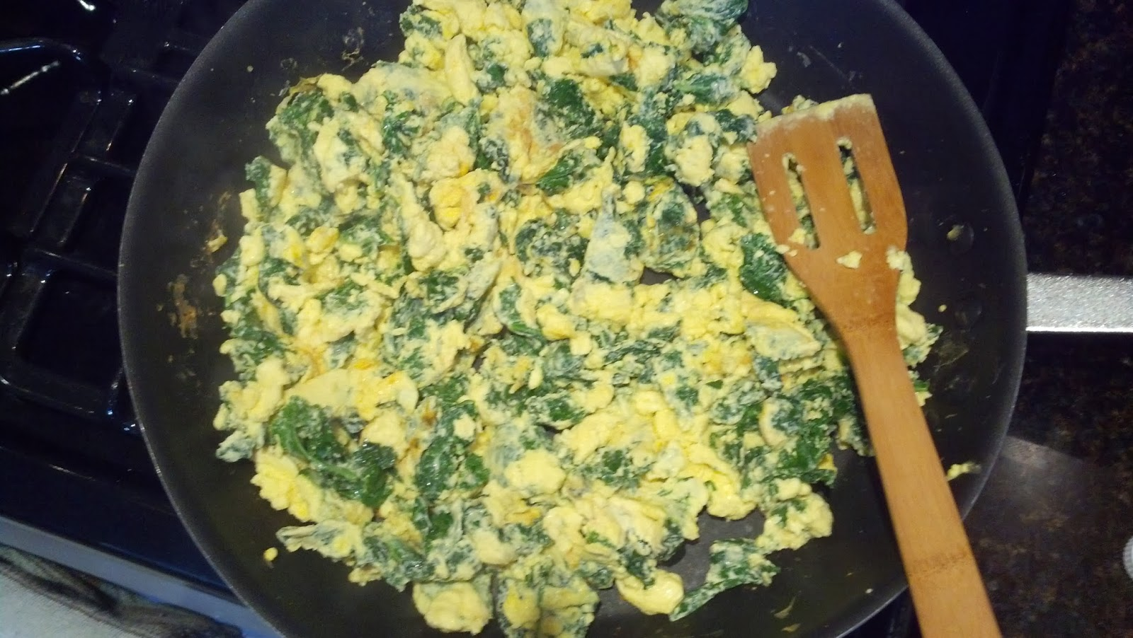 Cranky fitness kale and egg white scramble easy recipe for the kale and egg white scramble easy recipe for the culinarily challenged forumfinder Gallery