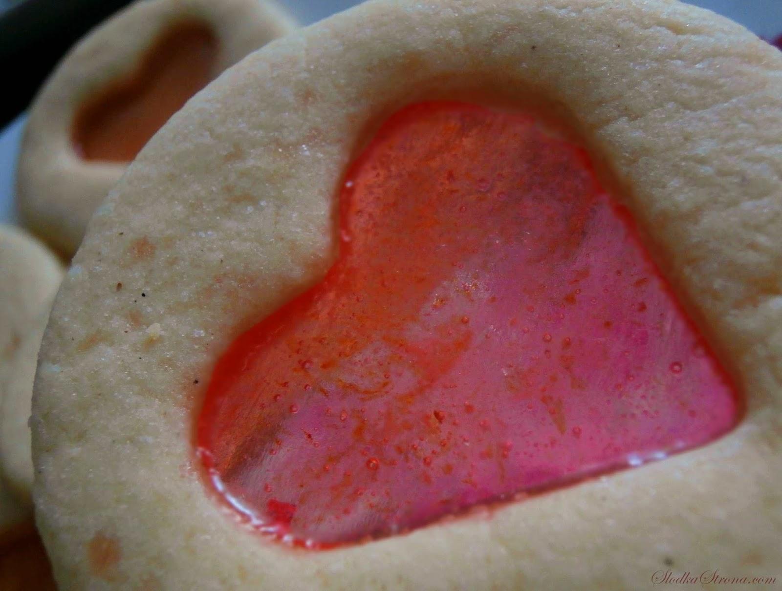 Walentynkowe Ciasteczka z Witrażem - Przepis - Słodka Strona
