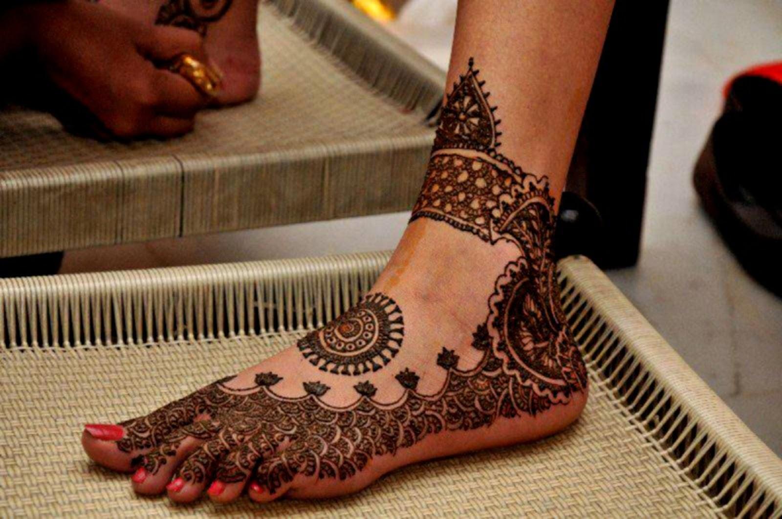 Mehndi Wallpapers Feet : D wallpaper beautiful feet mehndi designs free apk share