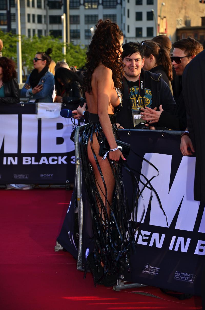 Nipple gntm Mira Folster: