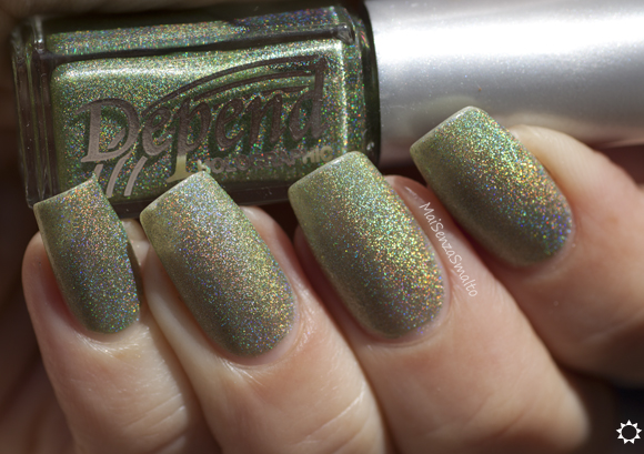 Depend Holographic 2035 Laurel Green