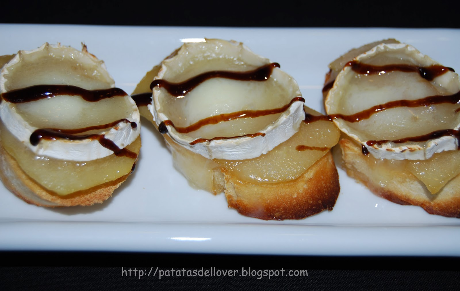 patatas de llover canap de queso de cabra y pera