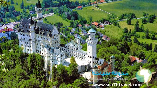 قصر نويشفانشتاين في المانيا