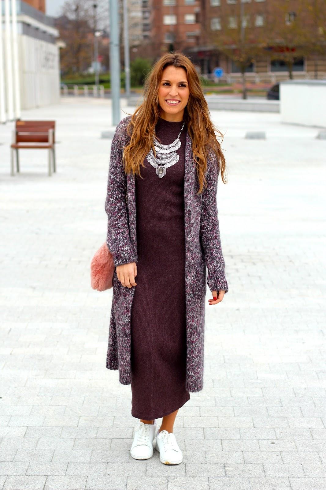 vestido largo con maxi cardigan