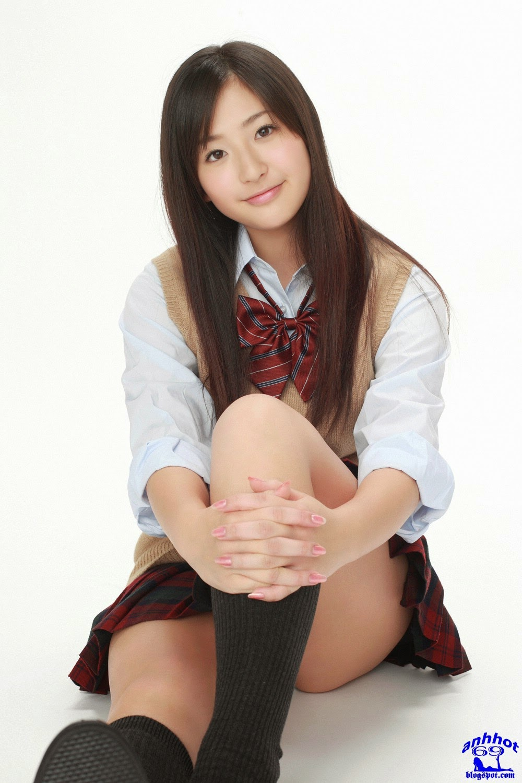 yuri-murakami-00562578
