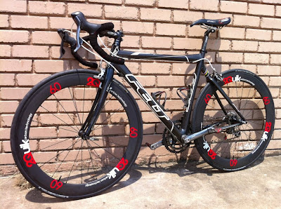 Felt F4 with 60 mm carbon clinchers from 2Quik Carbon Technology