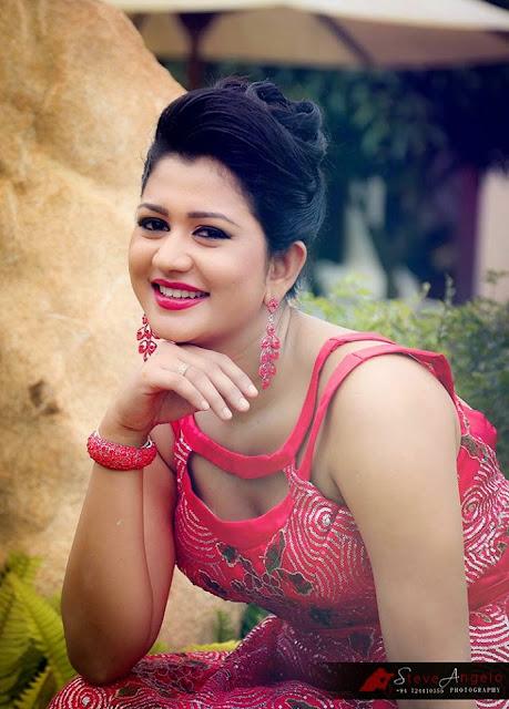 ruwangi rathnayake new photo shoot sri lanka hot picture gallery