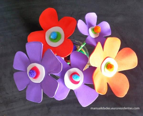 Manualidades: Flores de foami fáciles