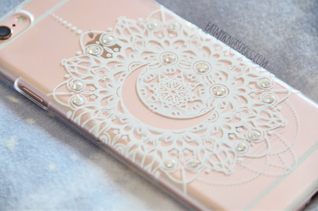 The second case that I got from Clash Cases was a more elegant crescent moon case, featuring a mandala-style design embellished with sparkling rhinestones.