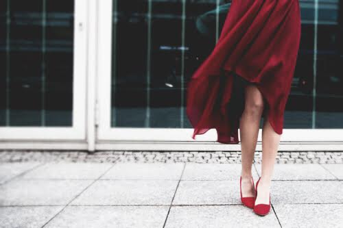 red-dress-fashion-blogger-street-style