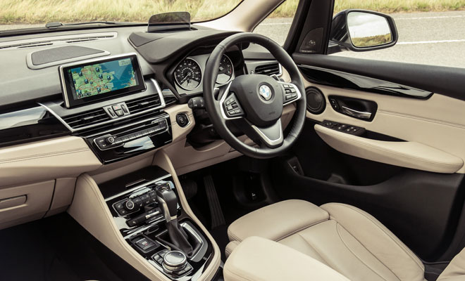 BMW 218d Active Tourer front interior