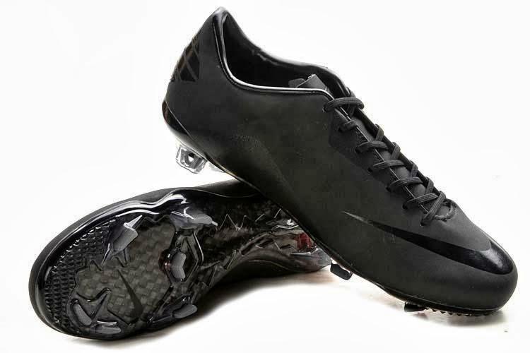 Sepatu nike bola terbaru 2013