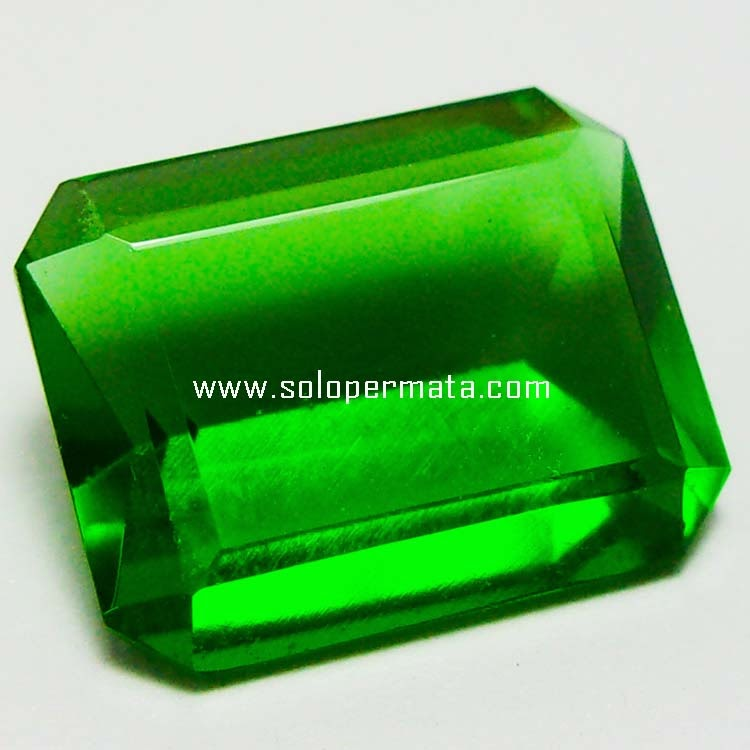 Batu Permata Green Tektite - 06B01