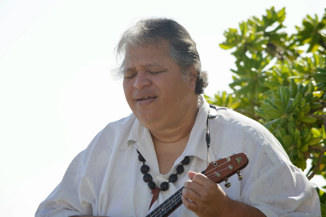 http://hawaiiweddingvendors.blogspot.com/search/label/Musicians