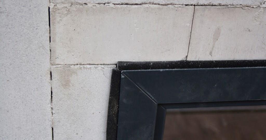 hum 39 s baublog tag 65 einbau der fenster und unserer haust r. Black Bedroom Furniture Sets. Home Design Ideas