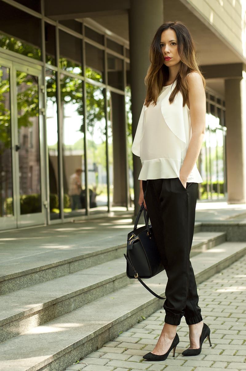 minimalizm czern biel moda