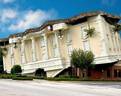 WonderWorks Orlando - Casa de ponta-cabeça