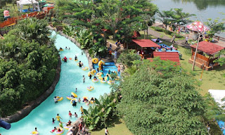 Lazy River Water Kingdom Mekarsari