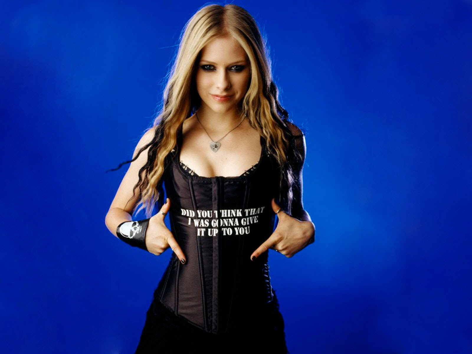 avril lavigne rock n roll wallpaper hd