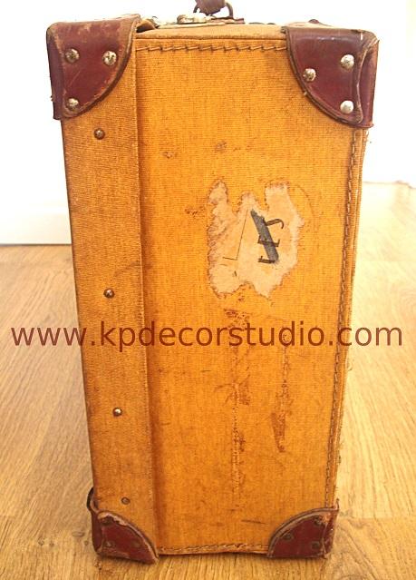 Comprar maletas antiguas decorativas.