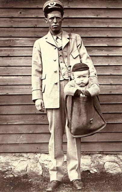 Niño enviado por correo postal en 1913