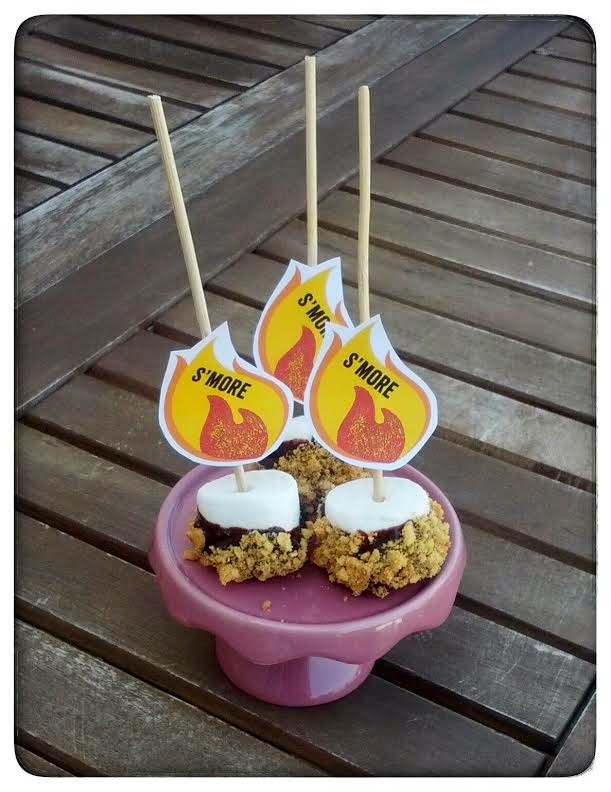 Gourmandises US Homemade : Hot Dogs et Cakes Pops Smore's