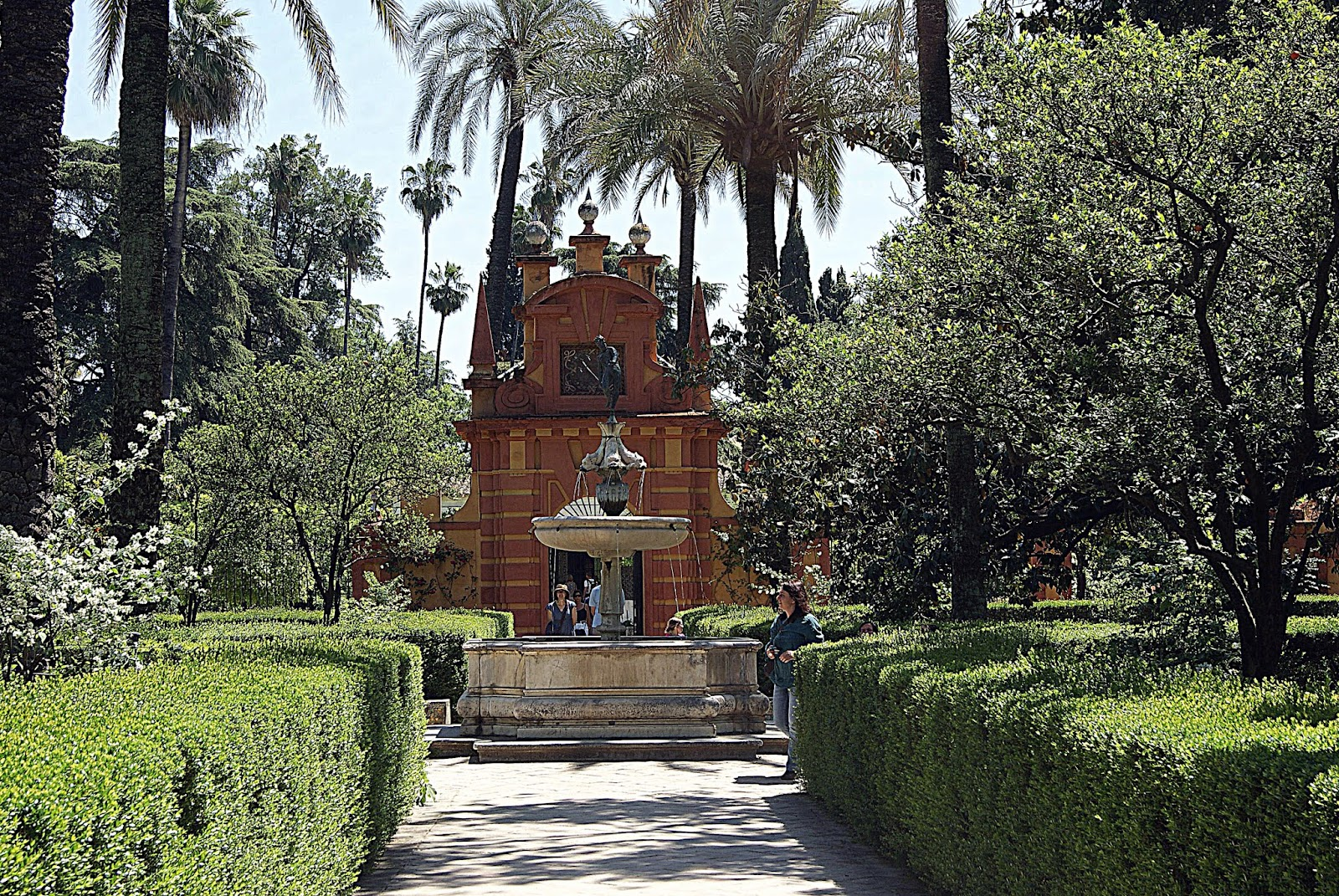 Leyendas de sevilla reales alc zares de sevilla viii for Jardines del eden sevilla