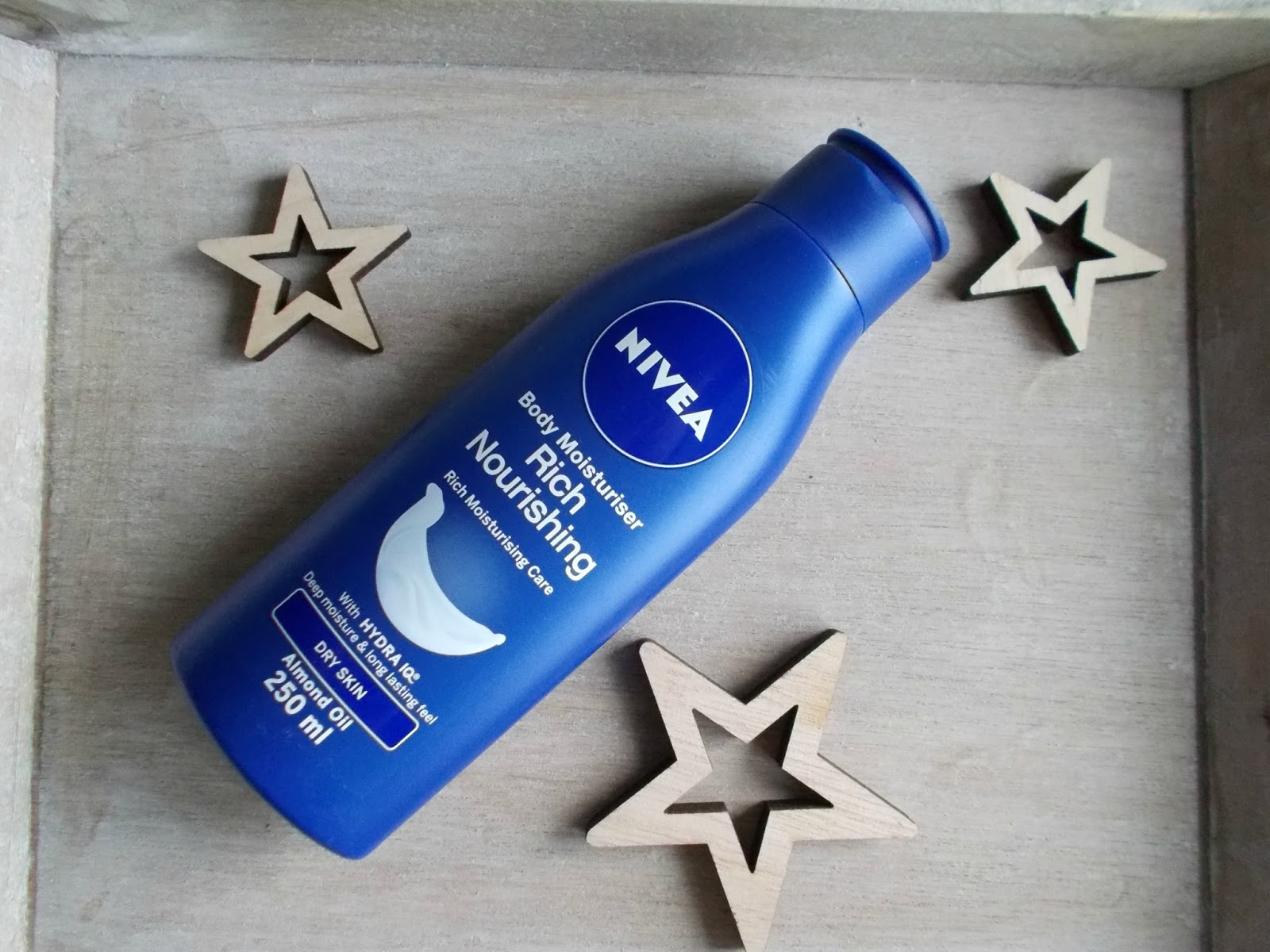 NIVEA rich nourishing body moisturiser review