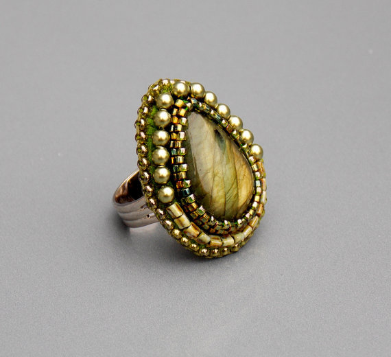 Ring, Seed beads jewelry, Fashionable ring, Labradorite gemstone, Olive green , Swarovski pearls