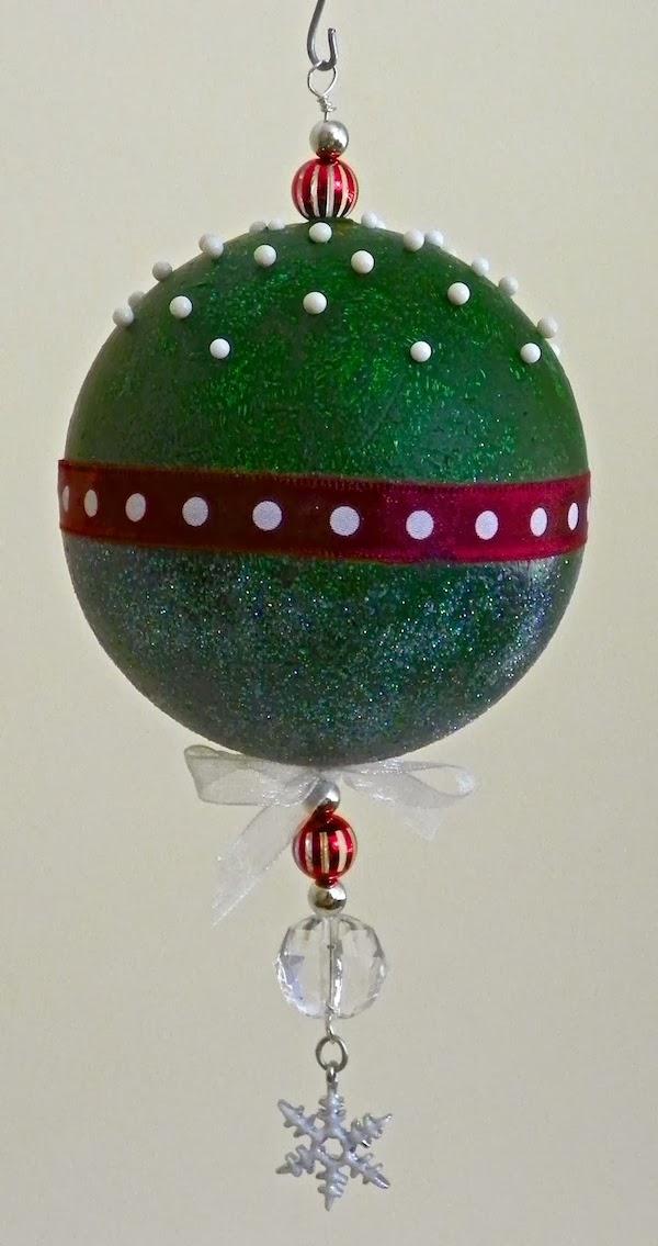 Lisa liza lou designs a handmade christmas ornament makes What is a nice thank you gift