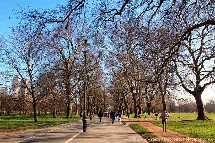 Runners broad-walk - Hyde Park