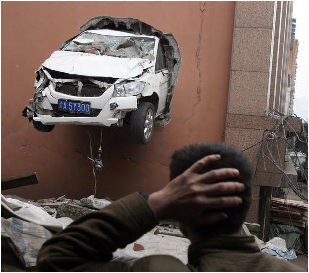 10 Kecelakaan yang Unik dan Menegangkan