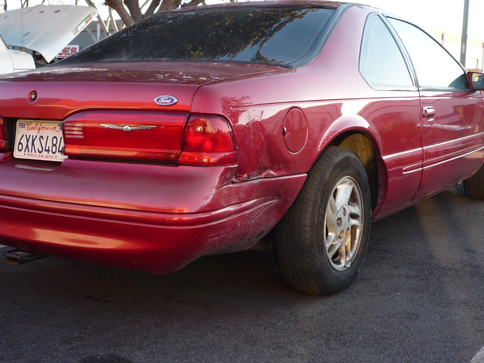 Accident damage on 1996 Ford Thunderbird
