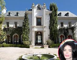 The holiday and travel magazine top ten most popular Homes of hollywood stars photos